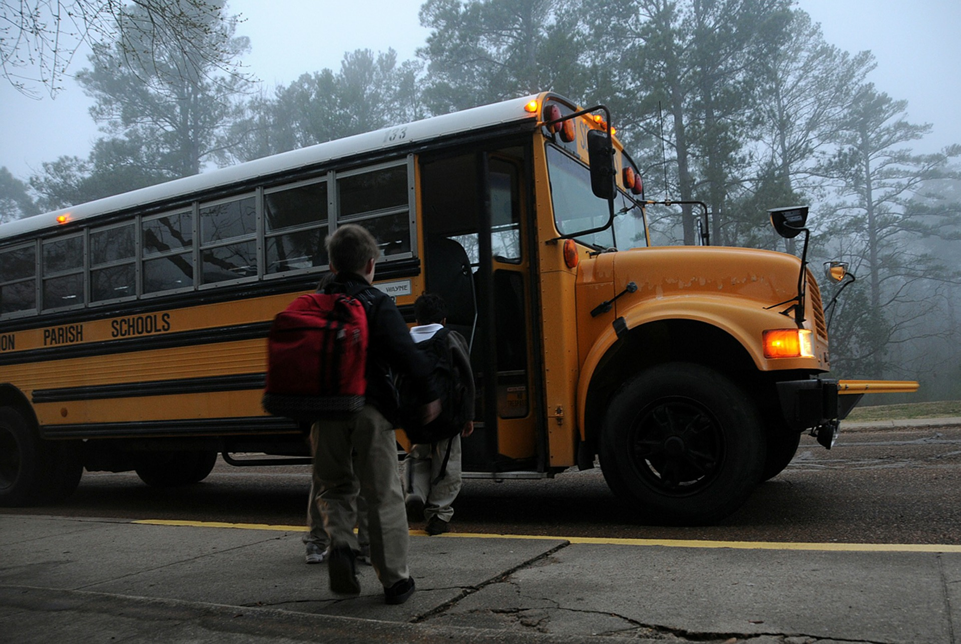 Illinois Rules Of The Road: Stopping For School Buses